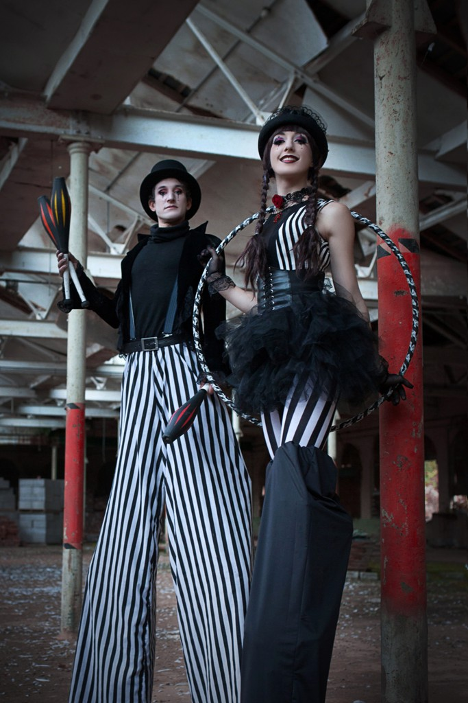 circus stilt walkers uk