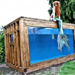 Huge aquarium for mermaids