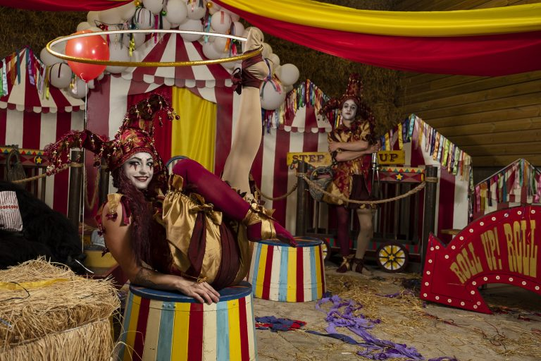 Circus themed entertainment. Hire circus performers for events.