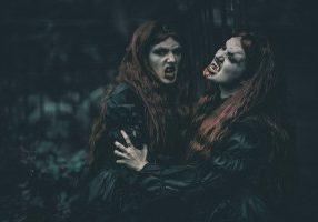 scare vampire hire